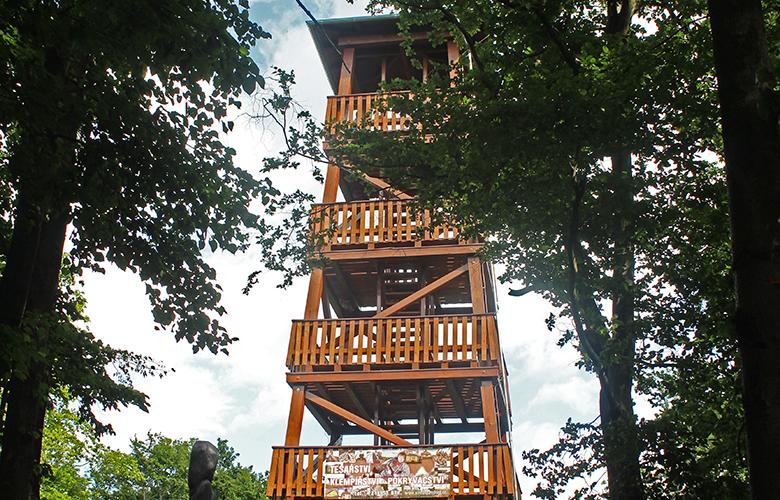 Fotografie: rozhledna Lucemburkův kopec